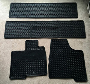 Toyota Sienna All Weather Car Mat Liners