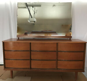 Vintage Mid Century Modern style 9 drawer dresser with mirror