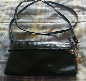 Ladies Small Purse with removable shoulder strap Kitchener / Waterloo Kitchener Area image 1