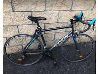 Btwin Triban 500SE Road Bike EXCELLENT CONDITION
