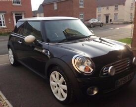 MINI COOPER 56 PLATE LOVELY LIMITED EDITION CAR FULL LEATHER GLASS ROOF 1 YEAR MOT