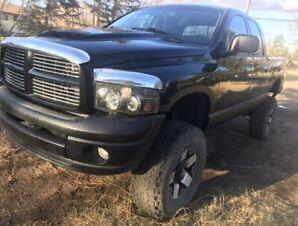 2004 Dodge Ram 1500 Laramie Fully loaded