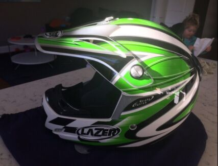 Motorcycle Motorbike MX / BMX / Dirtbike Helmet - As New