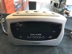 Timex T237(S) Dual Alarm Clock Radio Silver