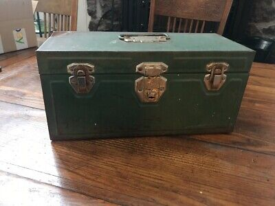 VINTAGE INDUSTRIAL UNION UTILITY TOOL BOX CHEST FISHING TACKLE BOX