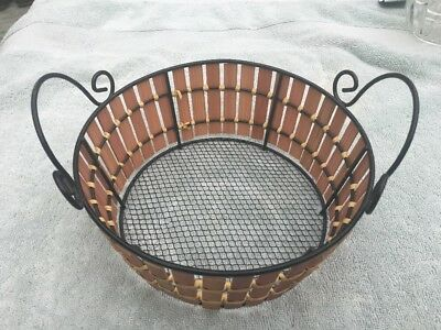 """8"""" X 3"""" Wired Wicker Basket With Handles"""