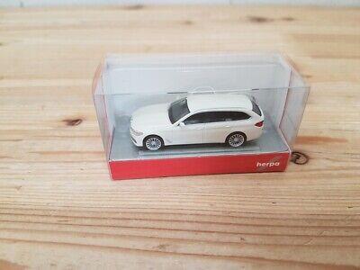 Herpa 420389 - 1/87 BMW 5er™ Touring, alpinweiß - Neu