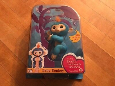 Wowwee Fingerlings Blue Boris Baby Monkey Interactive Pet Toy