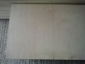 5 Pieces of NEW 9mm B/BB Grade Birch Plywood 43¾in x 25½in (1110mm x 650mm)