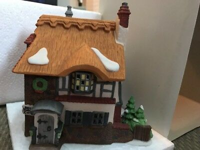 Dept 56~Dickens Village~David Copperfield~Betsy Trotwoods Cottage~55506~MIB