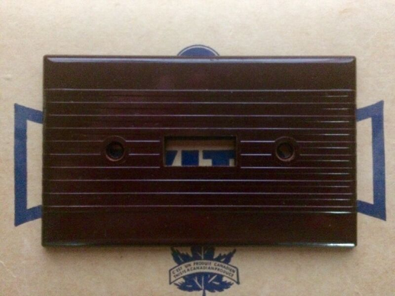 Vintage BAKELITE LEVITON Light Switch Cover Plate BROWN - NOS