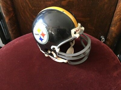 (PITTSBURGH STEELERS THROWBACK 1963-1976 RIDDELL FOOTBALL MINI HELMET)