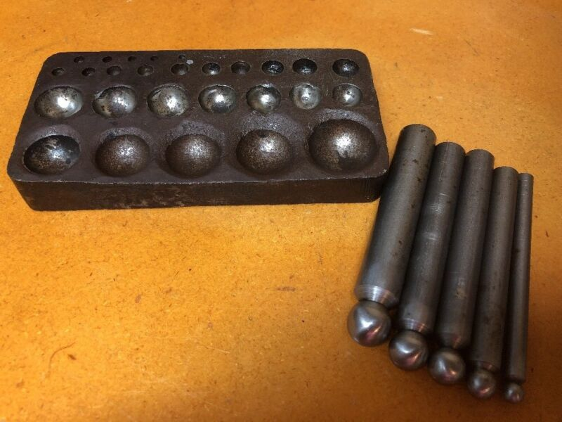 VINTAGE JEWELRY MAKING BLOCK + 5 Dapping Punches