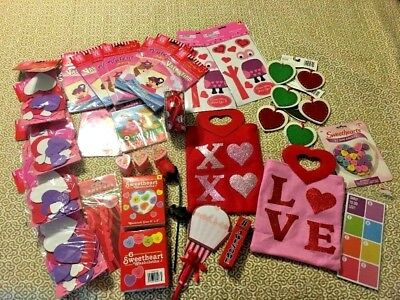 HUGE Valentines Day LOT Activity Color Books Craft Kits Bag Decoration Classroom](Halloween Craft Classroom)