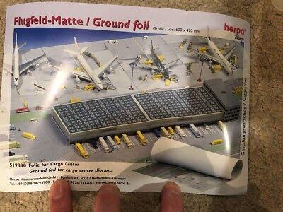 Herpa Wings Scenix Airport Hangar Model Construction Kit 1//500 Scale 519762