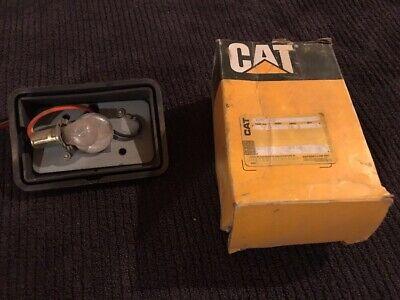 Cat 7t-3872 Light Assembly For 416 426 428 Backhoe Loaders