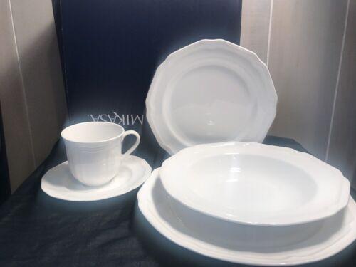 Mikasa Antique White Rim Soup Bowl, 14-Ounce
