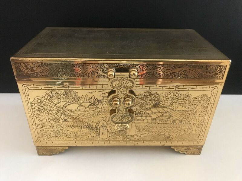 Vintage Chinese Storyteller Engraved Brass Vanity Jewelry Box