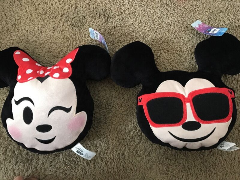 """Mickey and Minnie Mouse Emoji Pillow Set 12"""" Decor Bedding"""