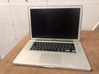 Macbook 15 inch apple mac pro laptop Intel Quad Core i7 processor 256gb SSD hard drive