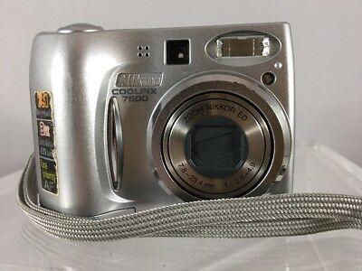 Nikon COOLPIX 7600 7.1MP Digital Camera w/ case - Silver *Free Shipping - A6