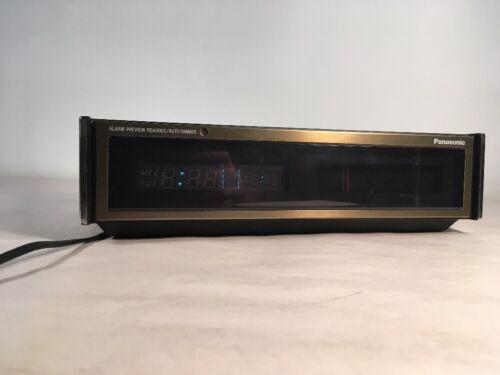 Panasonic Alarm Clock AM/FM Radio RC-320 Auto Dimmer w/ Ext. Antenna Connection