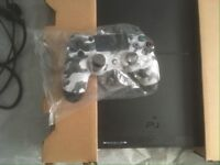 Ps4 500Gb + pad and controller