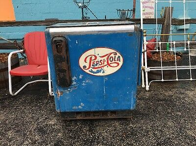 VINTAGE 1950s PEPSI CHEST 2 LEVEL COOLER VENDING POP SODA MACHINE