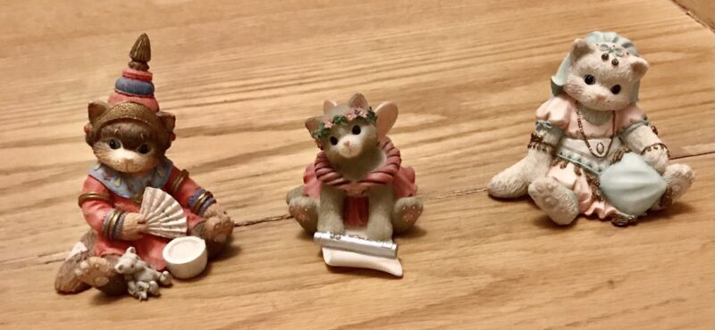 COLLECTIBLE STANNING CALICO KITTENS SET OF 3 RARE