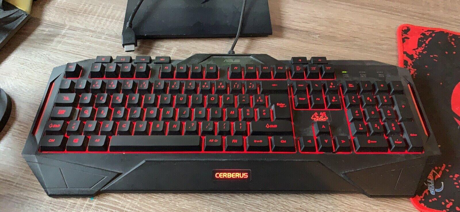 Pc gamer avec clavier et souris
