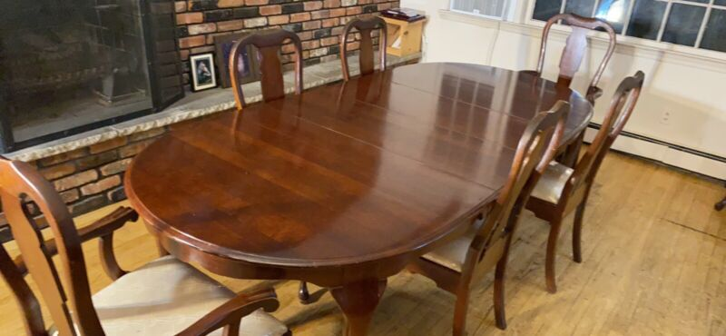 Pennsylvania House Solid Cherry Wood Dining Set +leaf+China Cabinet+ Side Table