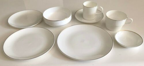 QANTAS Airlines 8-Piece Place Setting by Wedgwood