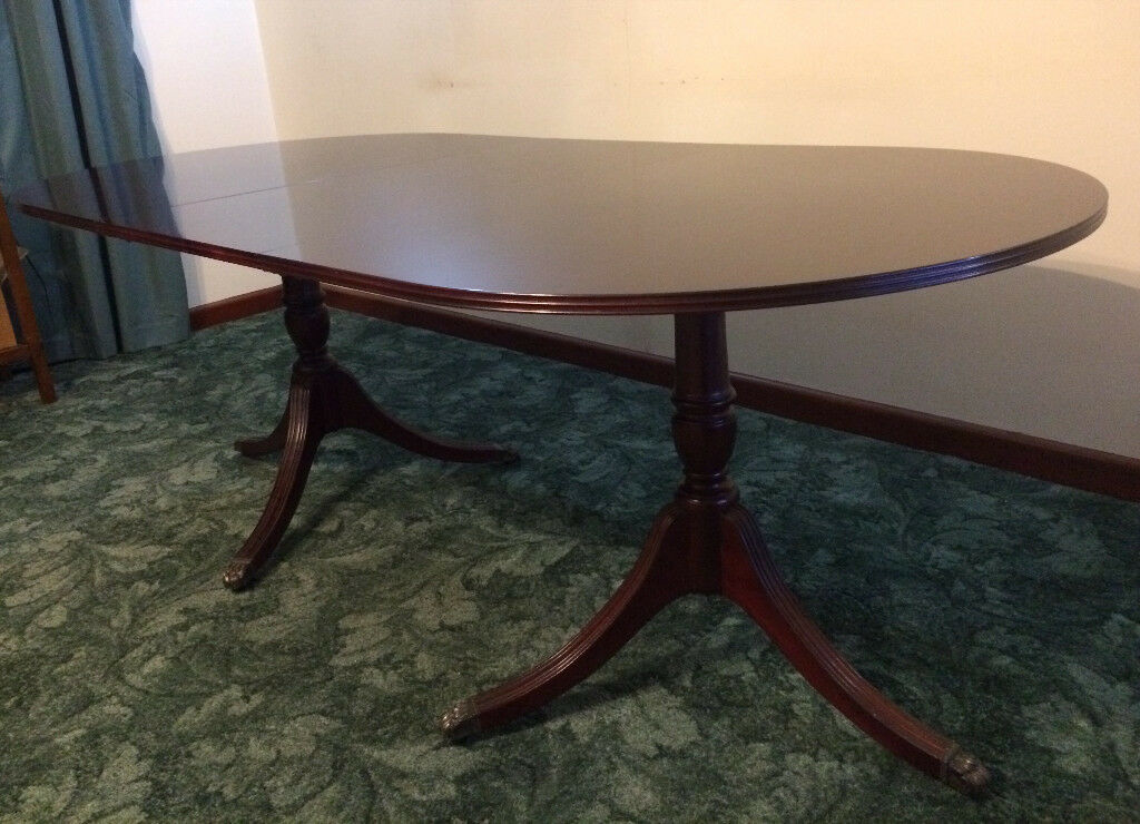 Meredew Table 6 Matching Chairs Mahogany Dark Wood Extendable Dining Carvers