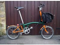 BROMPTON FOLDING BIKE WITH CUSTOM PAINT AND ACCESSORIES