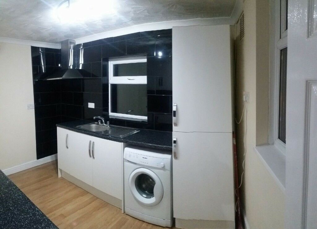 Spacious 2 bed flat
