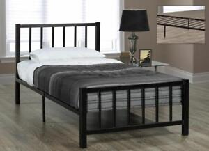 METAL BED - FOR RUSTIC WOOD OR TUFTED UPHOLSTERED FABRIC HEADBOARDS - VISIT KITCHEN AND COUCH (IF109)