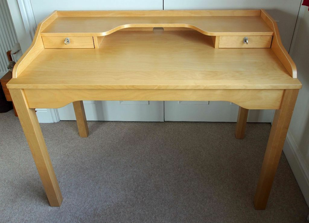 Ikea Gustav Light Wood Birch Student Office Desk In Very Good Condition With