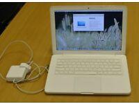 Macbook 2010 - 2011 White Unibody laptop 8gb ram Intel pro 2.4ghz processor in full working order