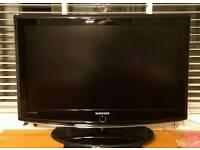 Samsung 28/32 INCH TV lcd