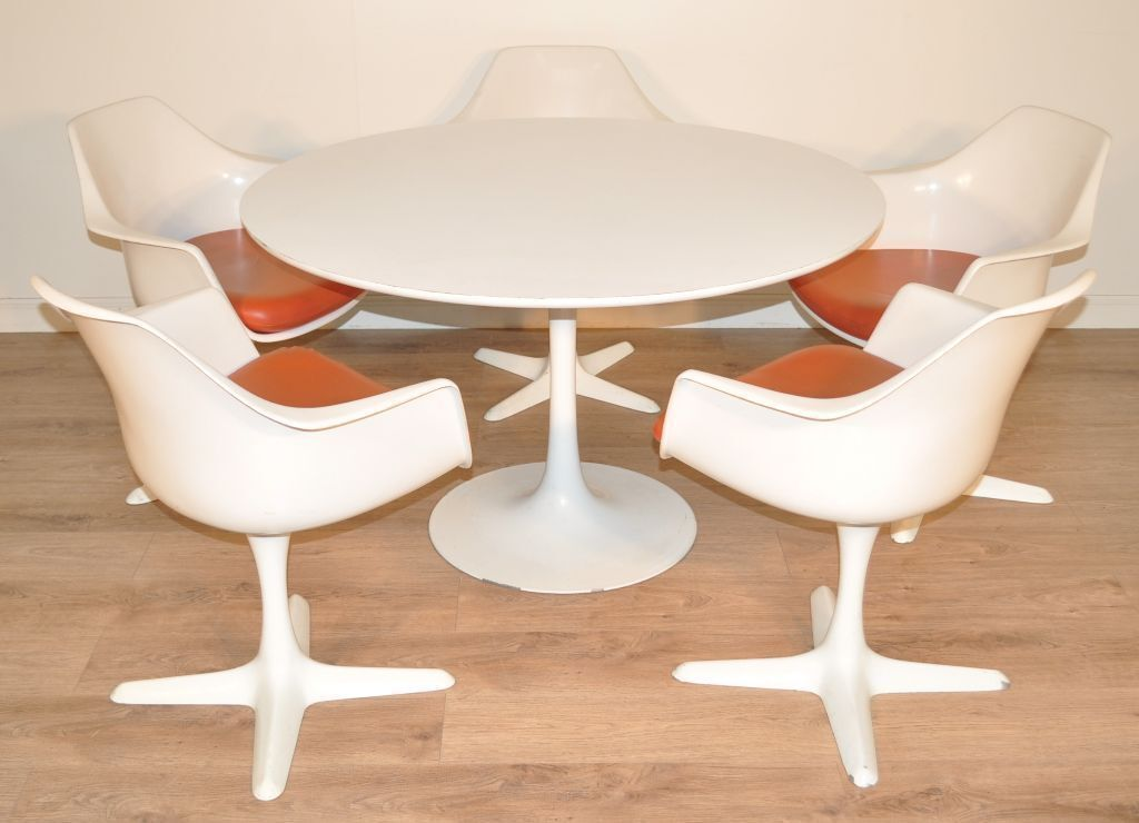 Attractive retro 1960 70 39 s circular arkana dining table for Rotating dining table