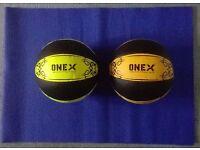 Medicine balls Leather Pair New Weights 5KG 8KG