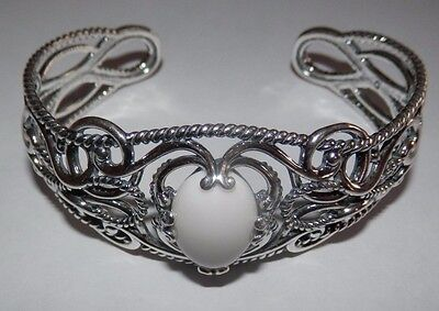 Carolyn Pollack Signature Sterling Silver White Agate Oval Swirl Cuff Bracelet