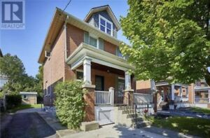 Oshawa Home - For Rent 208 Clarke St., Oshawa, ON