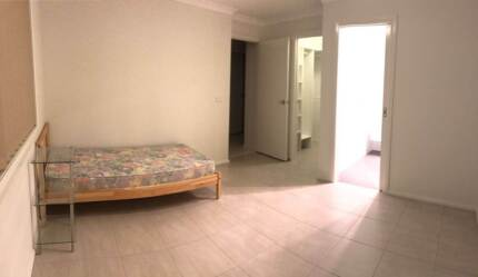 (For Female) Beautiful ensuite in modern share house