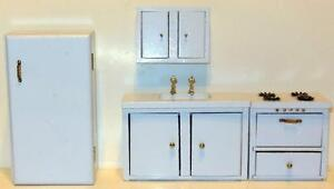 Dollhouse Kitchen SeteBay