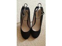 Zara High Heels (Size 39)