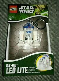 Brand new LEGO LED keychain torch star wars R2D2