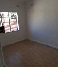 ROOM FOR RENT 100 metres FROM GUILDFORD STATION Auburn Auburn Area Preview
