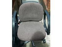 Free swivel computer chair
