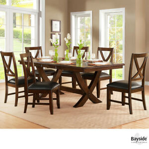 Solid Hardwood 7-piece Dining Set With self-storing leaf